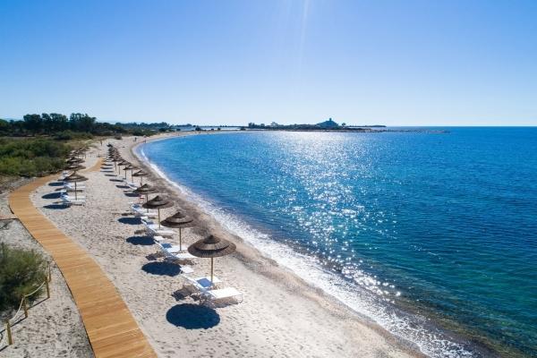 Spiaggia Is Molas Resort - Panoramica