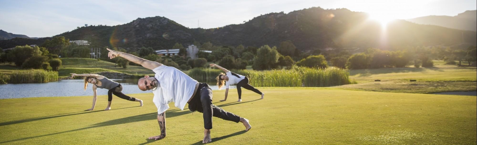 Yoga a Is Molas