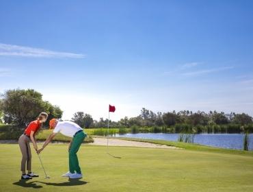 Scuola di golf a Is Molas