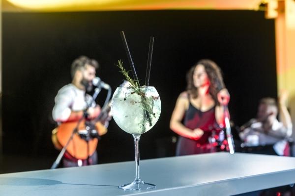 La 19 Pool Club - Musica Live